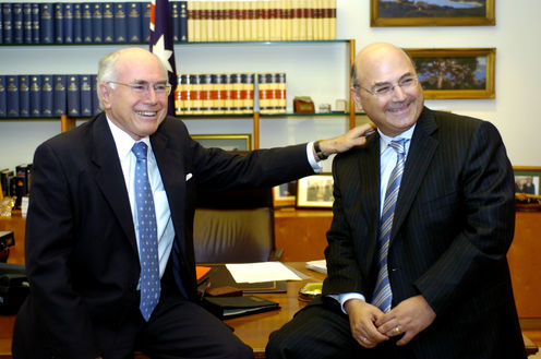 Pic_-_sinodinos_and_howard