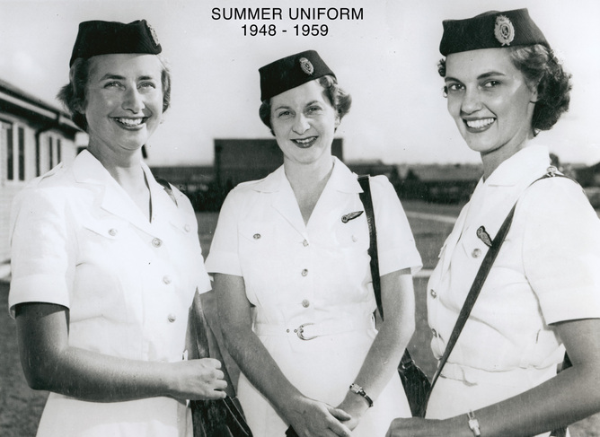 Female summer uniform 1948 - 1959.