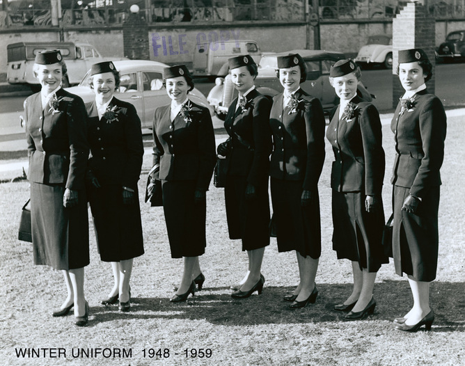 Female winter uniform 1948 - 1959.