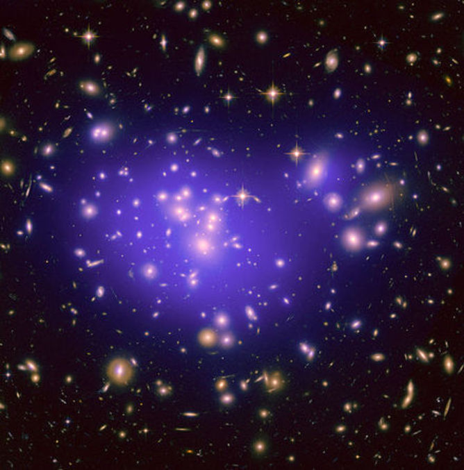 File_dark_matter_map_in_abell_1689_based_on_a_hubble_space_telescope_image_