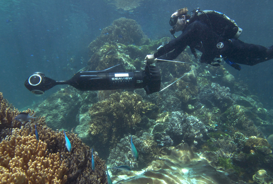 Using a special camera, the team will be able to stitch together panoramic views of the reef. Caitlin Seaview Survey